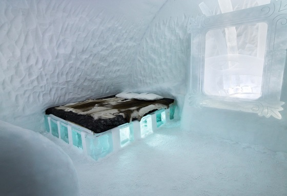 ice_hotel_holiday_890428