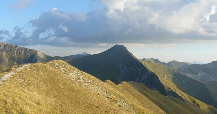 mountain-5992_1280