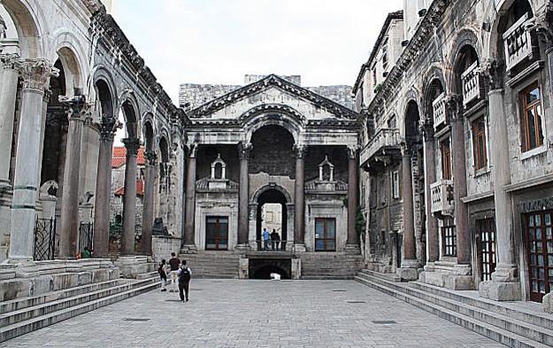 palazzo diocleziano spalato