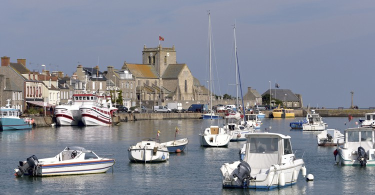 Puerto-de-Barfleur-iStock