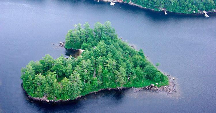 islas-con-forma-de-corazon-5