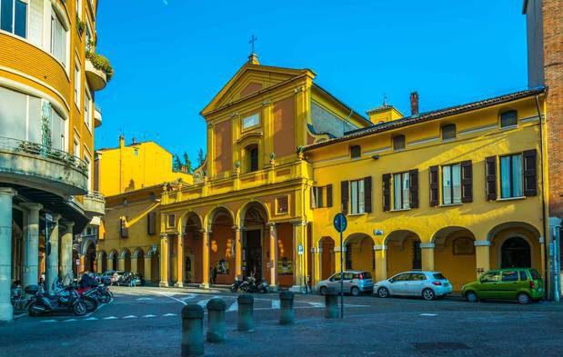 biblioteche-in-italia-biblioteca-universitaria-bologna