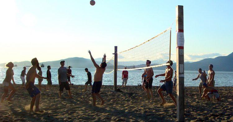 beach-volleyball-1597263_1280