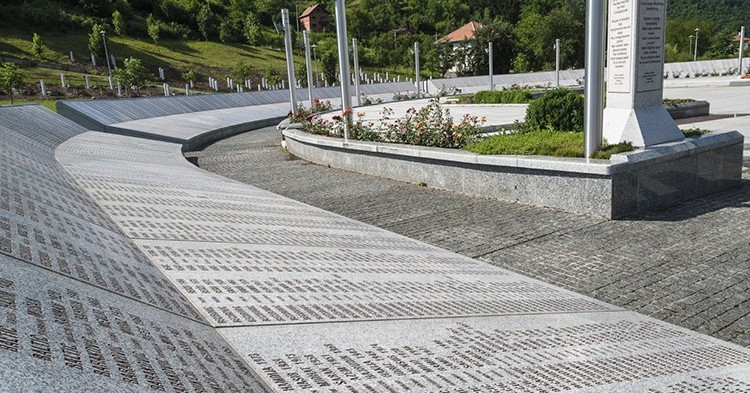 iStock_Srebrenica--750x393