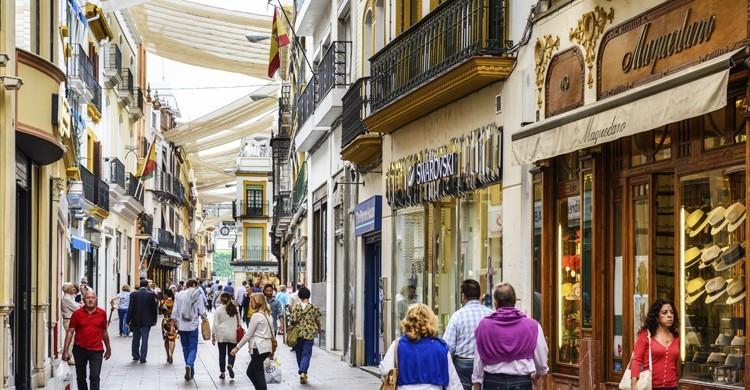 Calle-Sierpes-Sevilla-iStock-750x390