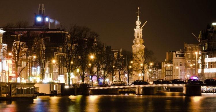 amsterdam-750x390