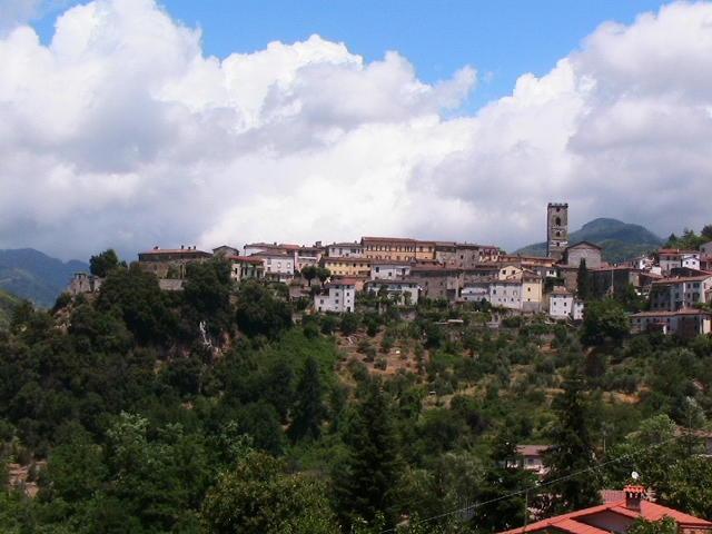 I 10 borghi più belli della Toscana coreglia_antelminelli-rocca