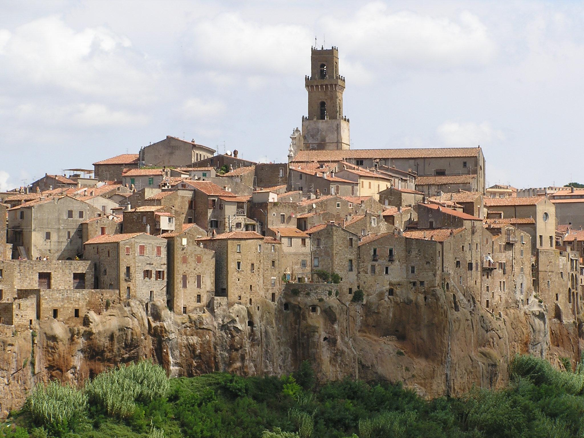 I 10 borghi più belli della Toscana pitigliano