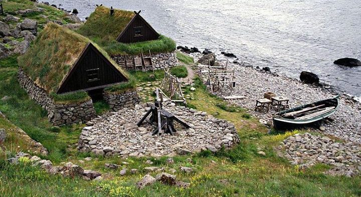 VIKING COTTAGES
