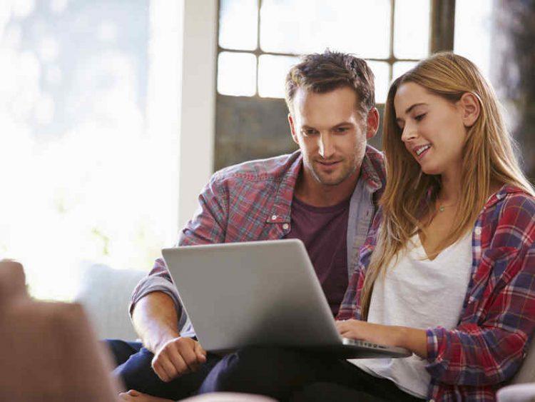 acquistare voli e alberghi online