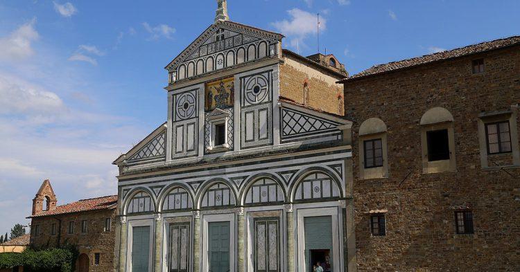 1200px-San_Miniato_al_Monte_Fassade_Florenz-10