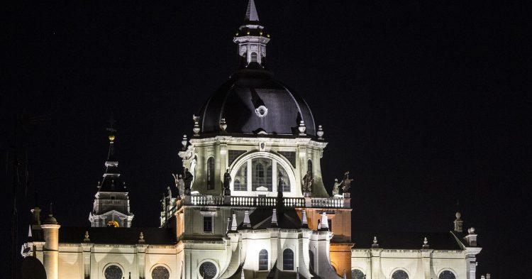 almudena-cathedral-1824890_1920 (1)