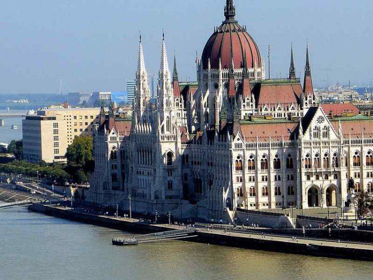 Sei città lungo il Danubio