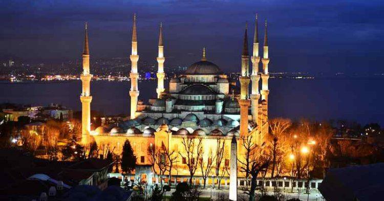 Istambul, la città perfetta per un fine settimana romantico