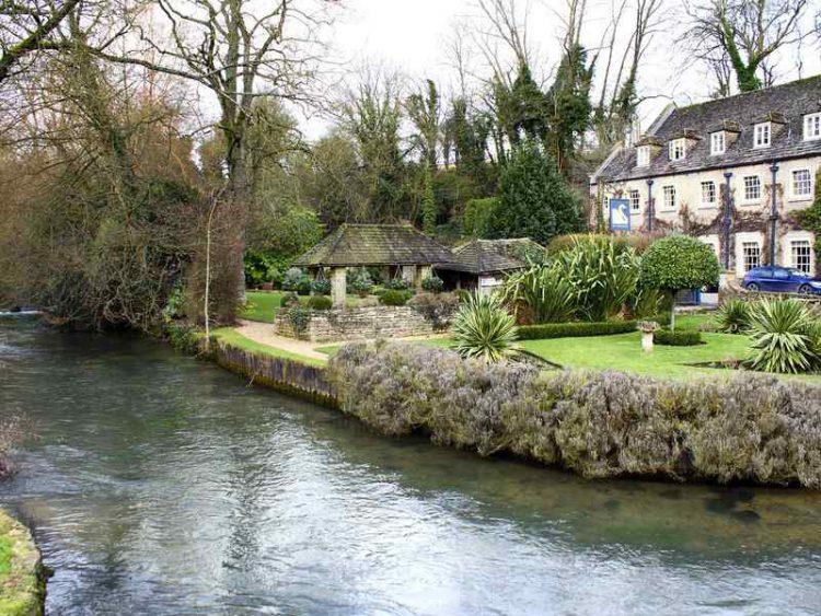 Cotswolds, scopri i meravigliosi villaggi che ti faranno fare un viaggio nel passato