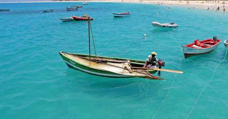 5 destinazioni perfette per una vacanza di inizio estate