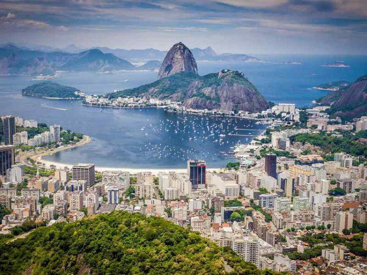 I ristoranti al chilo del Brasile: paghi solo ciò che mangi
