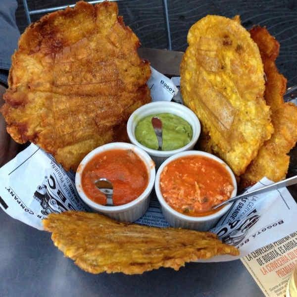 Culinaria colombiana: sai che cos'è il patacón pisao?