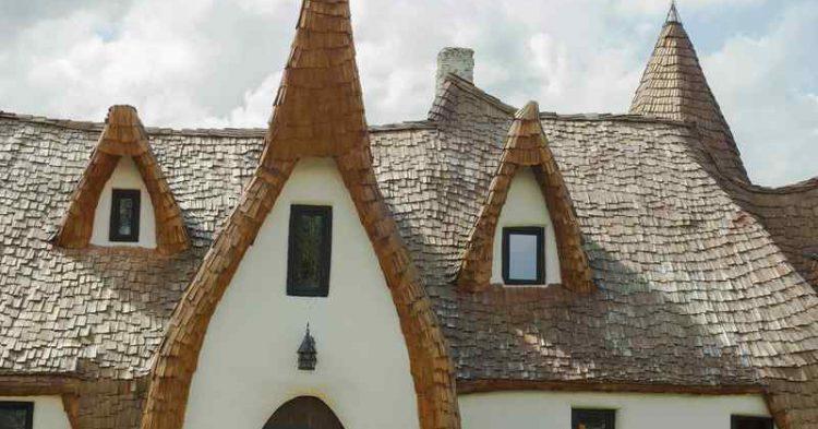 Transilvania, il Castello di Argilla per un soggiorno all'insegna dell'ecosostenibilità