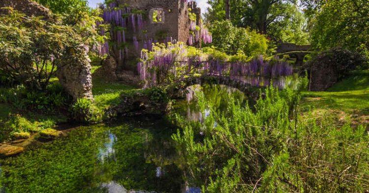 Il Giardino di Ninfa, un giardino perduto di cui stai per innamorarti