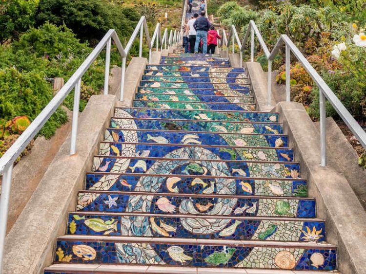 Le 10 scalinate più belle al mondo