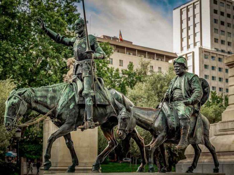 Spagna, in giro sulle orme di Don Quijote bozze