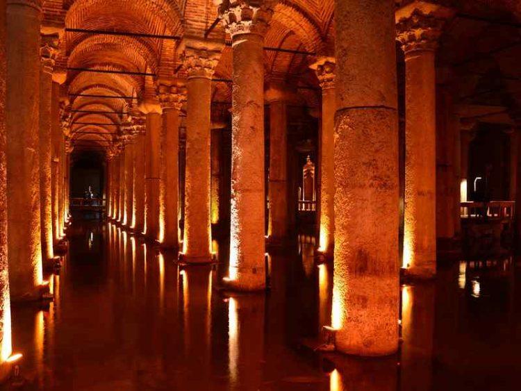 Istanbul, alla scoperta dell'affascinante città sul Bosforo